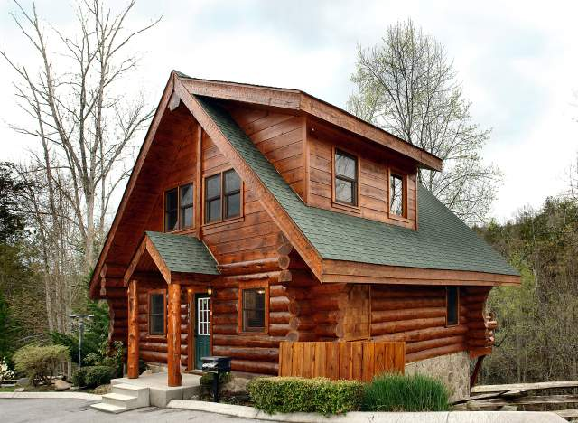in images cabinssmokymtns rental on vacation cabins bedroom cabin heaven pinterest almost best gatlinburg
