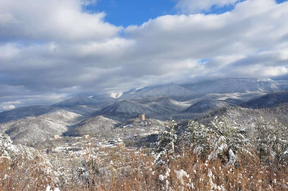 6 Reasons to Get Away This Winter in the Smoky Mountains