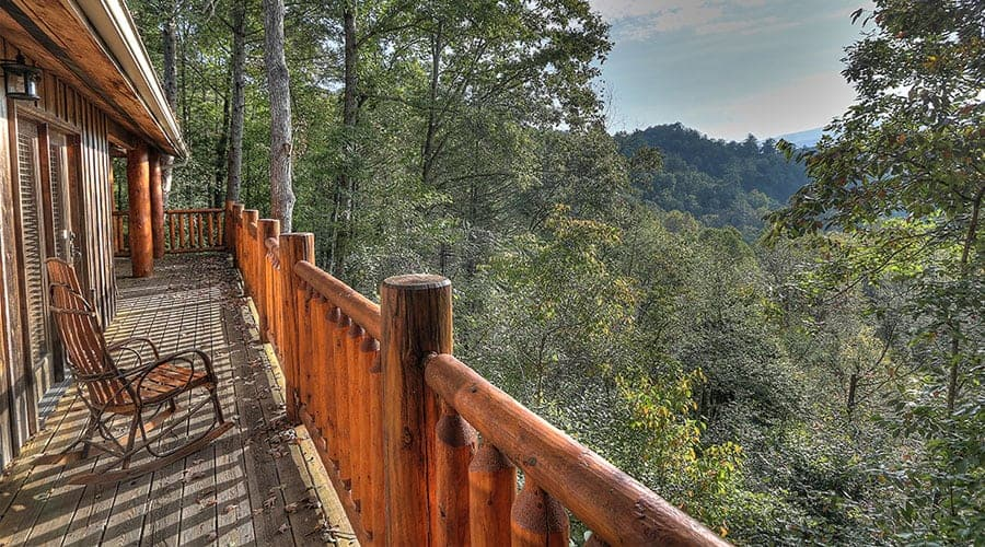 4 Excellent Benefits of Staying in our Cabins in Gatlinburg TN with a Mountain View