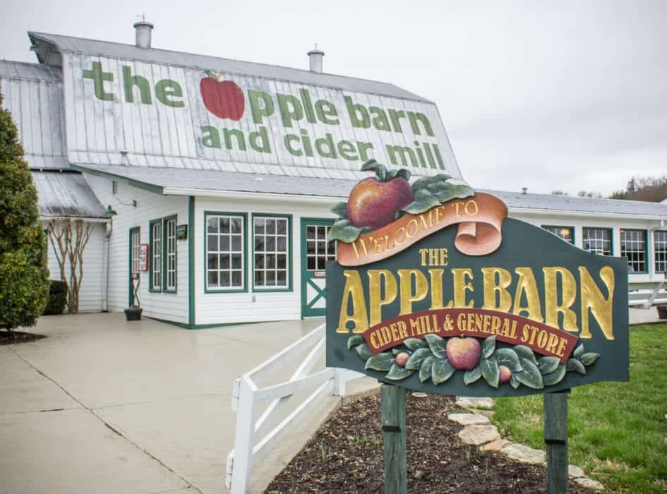 3 Places You Can Visit at the Apple Barn in Sevierville TN