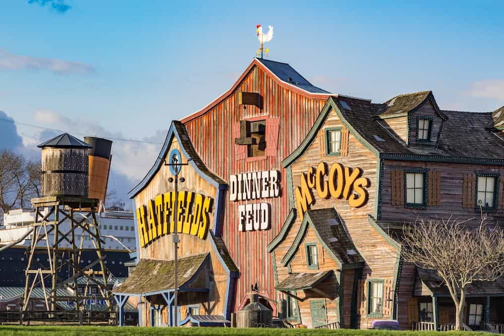 The 4 Most Hilarious Shows in Pigeon Forge You Have to See