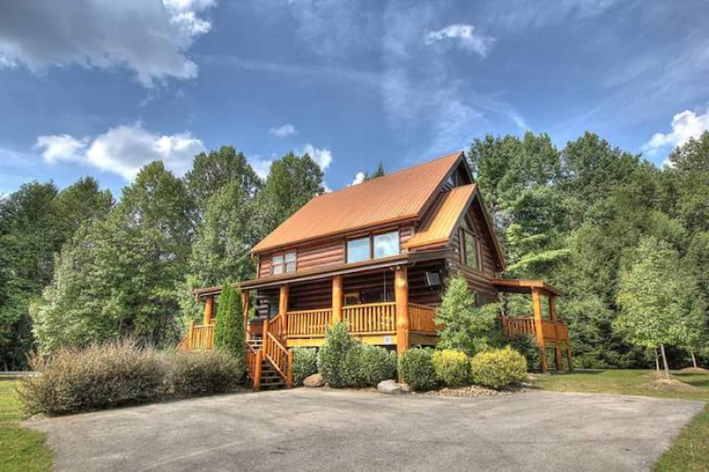 Top 3 Perks of Staying in Our Affordable Cabins in Gatlinburg